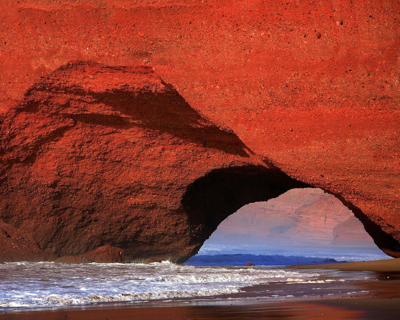 Red Cliffs of El Gezira Morocco Wallpaper__yvt2